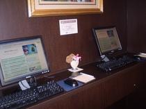無料インターネットコーナーです☆パソコンをお持ちでない方も24時間ご利用いただけます☆