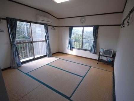和室3人〜4人部屋