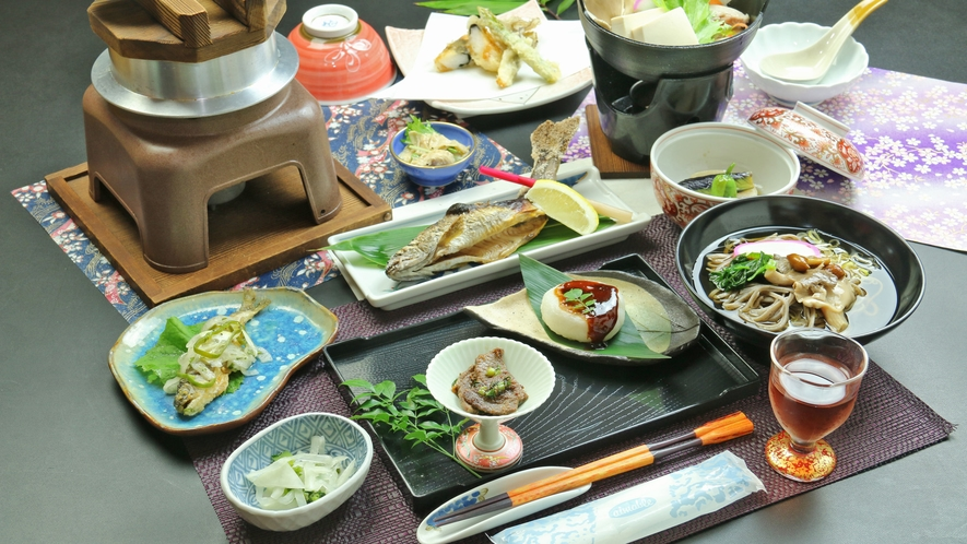 ■清盛特製の豆乳鍋のお食事一例
