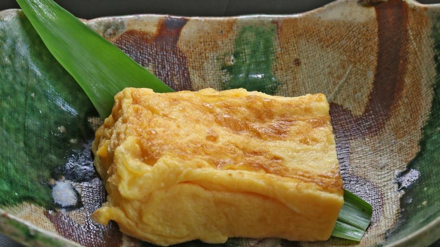 ■朝食の卵料理は目玉焼き、卵焼き、生卵が選べます♪一番人気は卵焼き!