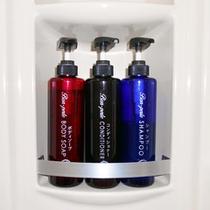 シャワールーム内にはシャンプー・コンディショナー・ボディーソープも完備