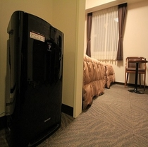 全客室に加湿付空気清浄機がございます。