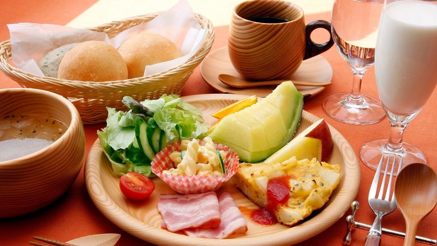 朝食の器はオケクラフトを使用