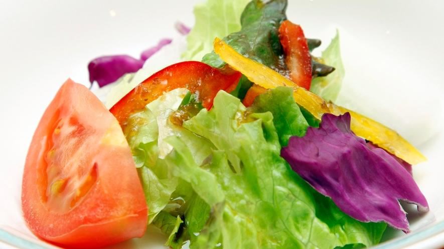 回帰水を浸した野菜は新鮮そのまま