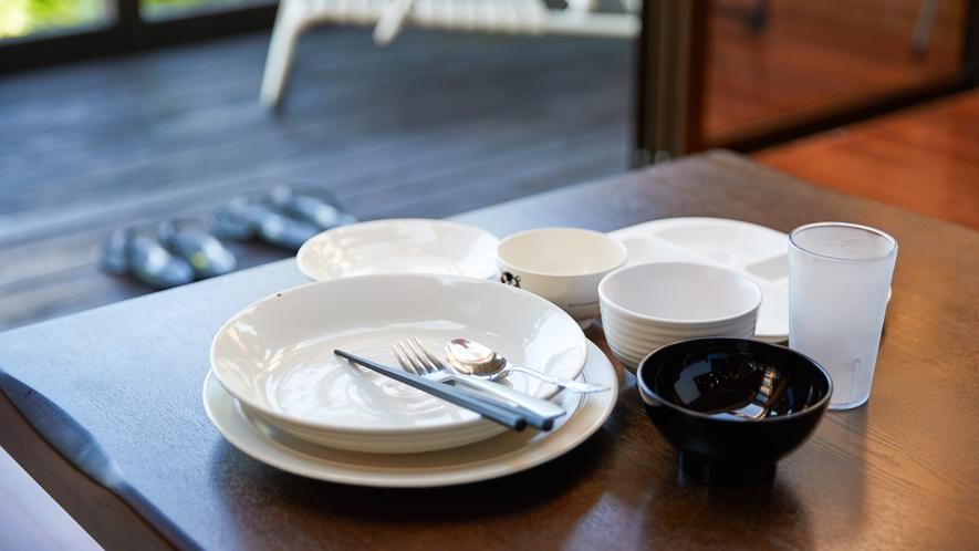 【客室備品】食器一式