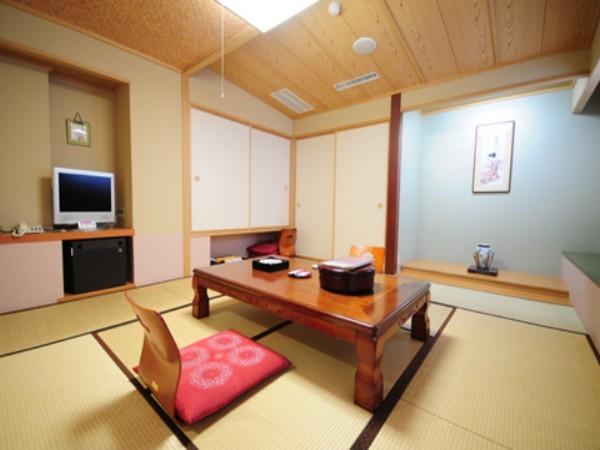 和室は12部屋。洋室は8部屋です。