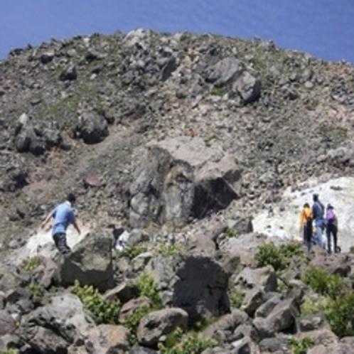 茶臼岳登山道