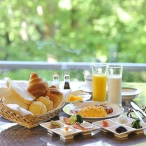 朝食バイキング(ダイニング)