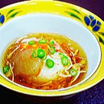 *夕食一例/駿河湾の新鮮な海の幸を使った会席風のお料理。