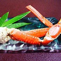 *夕食一例/ズワイガニのボイル。※季節により異なります。