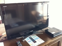客室備品 ◇32型デジタルテレビ(シャープ:アクオス)◇◇デジタルチューナー◇
