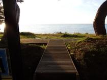 1階フロント~海岸へ