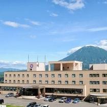 ◆夏のホテル外観