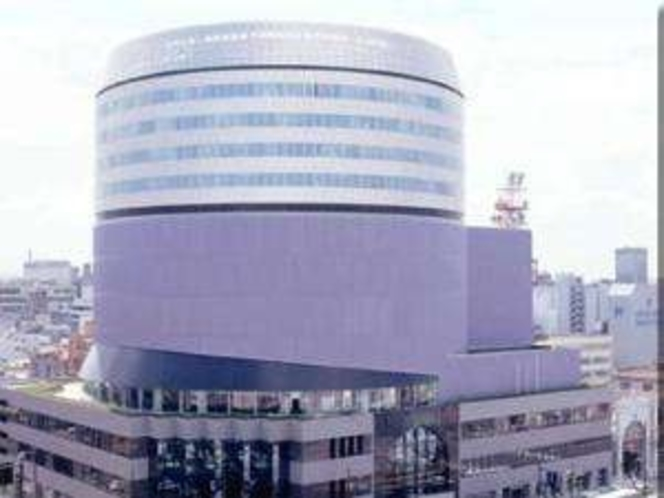 岡山シンフォニービル ホテルより徒歩5分のコンサートホール。