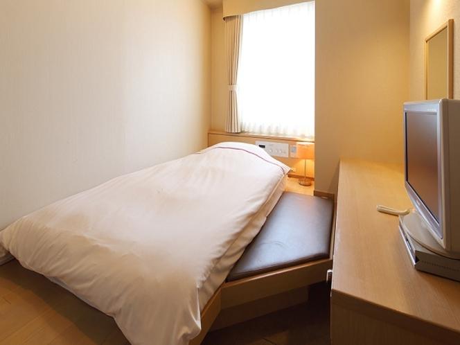 SUWARUシングル◆喫煙のみ◆6階◆13.2平米◆ベッド幅120cm