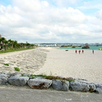 *アラハビーチ★ホテルから徒歩3分!いちばん近い海がここ。異国情緒たっぷりの美しいビーチです!