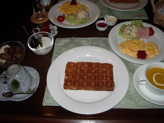朝食付 (焼きたてワッフル) チェックインは4時30分以降、アウトは10時【無線LAN・Wi-Fi】