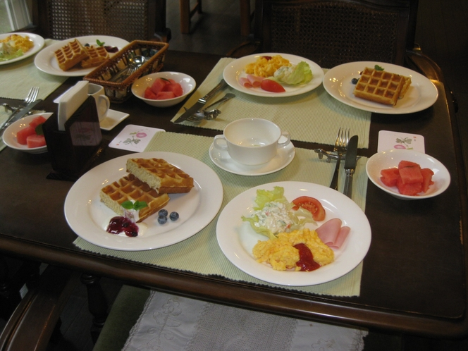 モーニングの朝食2