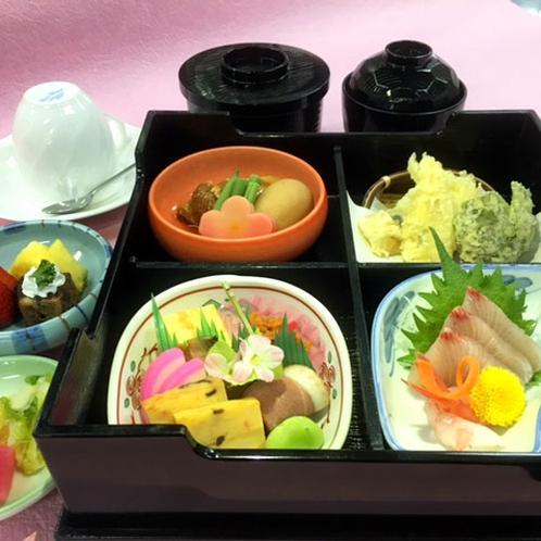 【松花堂(一例)】女性やシニアの方にも人気の定番お料理♪