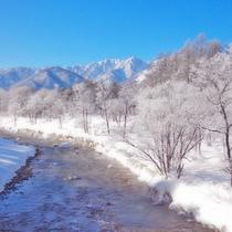 【冬】寒い翌朝こそ美しい景色を楽しめる冬の白馬(写真の場所まで車3分)絶対朝一番に外に出ましょう