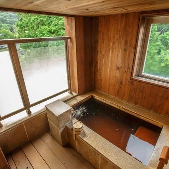 プレミアルーム・温泉(半露天)風呂付和洋室【39平米】