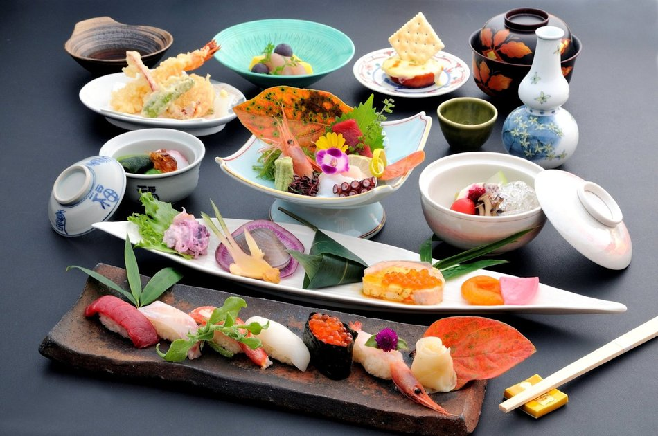 【福鮨】会席料理は4800円〜ご予算に応じてご用意いたします。