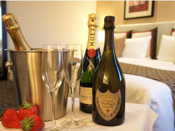 【誕生日・記念日】事前のリクエストでシャンパンやワインなどもご用意いたします。