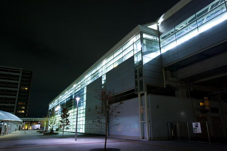 【つくばエクスプレス研究学園駅】北出口を出てすぐ左手にホテルがあります。