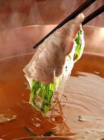 【お菜屋 わだ家】和田アキ子プロデュースの豚のしゃぶしゃぶのお店です。
