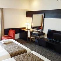 【ビューバスツインルーム】30.6㎡の広々とした客室はお子様のいるご家族での宿泊にも最適です。