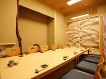 【福鮨】3つの個室をご用意しております。最大25名様までご利用いただけます。