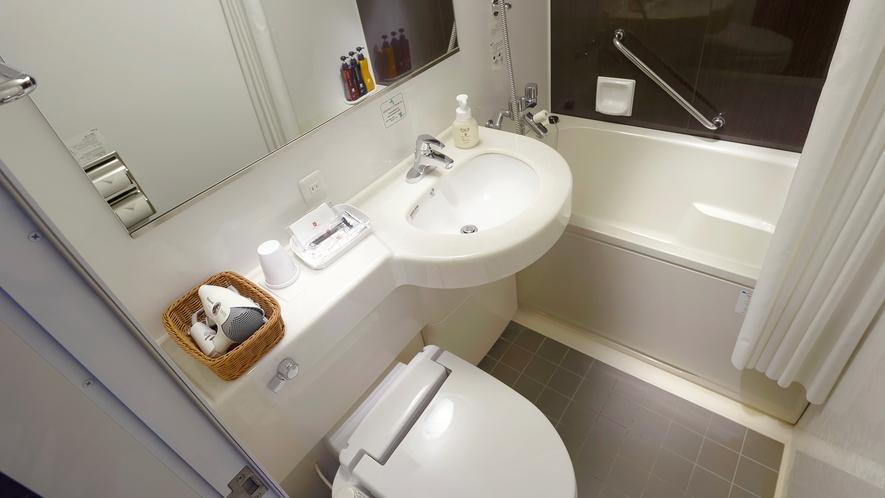 【ユニットバス】お風呂、洗面、トイレの3つが同じスペースの標準バスルーム
