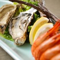 料理一例 牡蠣エビ