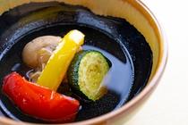料理一例 北海道産かすべ 大高酵素を使った燻香煮