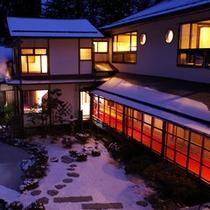雪の小堀遠州庭園