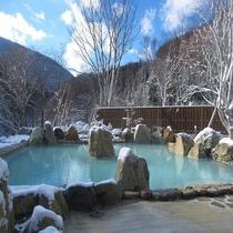 恵の湯(雪)