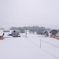 *お部屋からの景観/時を忘れ、雪景色に身を委ねるのも何よりの贅沢。