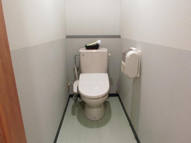 客室トイレ(シャワートイレ)