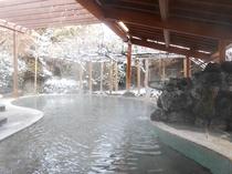 【藤館】野天風呂(雪見風呂は格別)