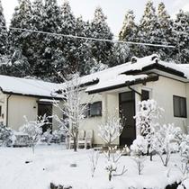 冬・雪景色-コテージ