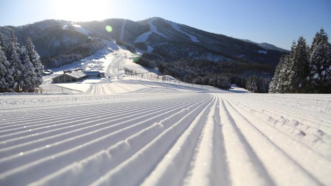 【期間限定】初滑りはスキージャムで!お得なリフト券付!<素泊り>