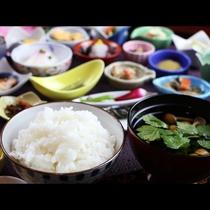 ◆自家製米の自慢のお米です♪炊きたての美味しさが朝の幸せ