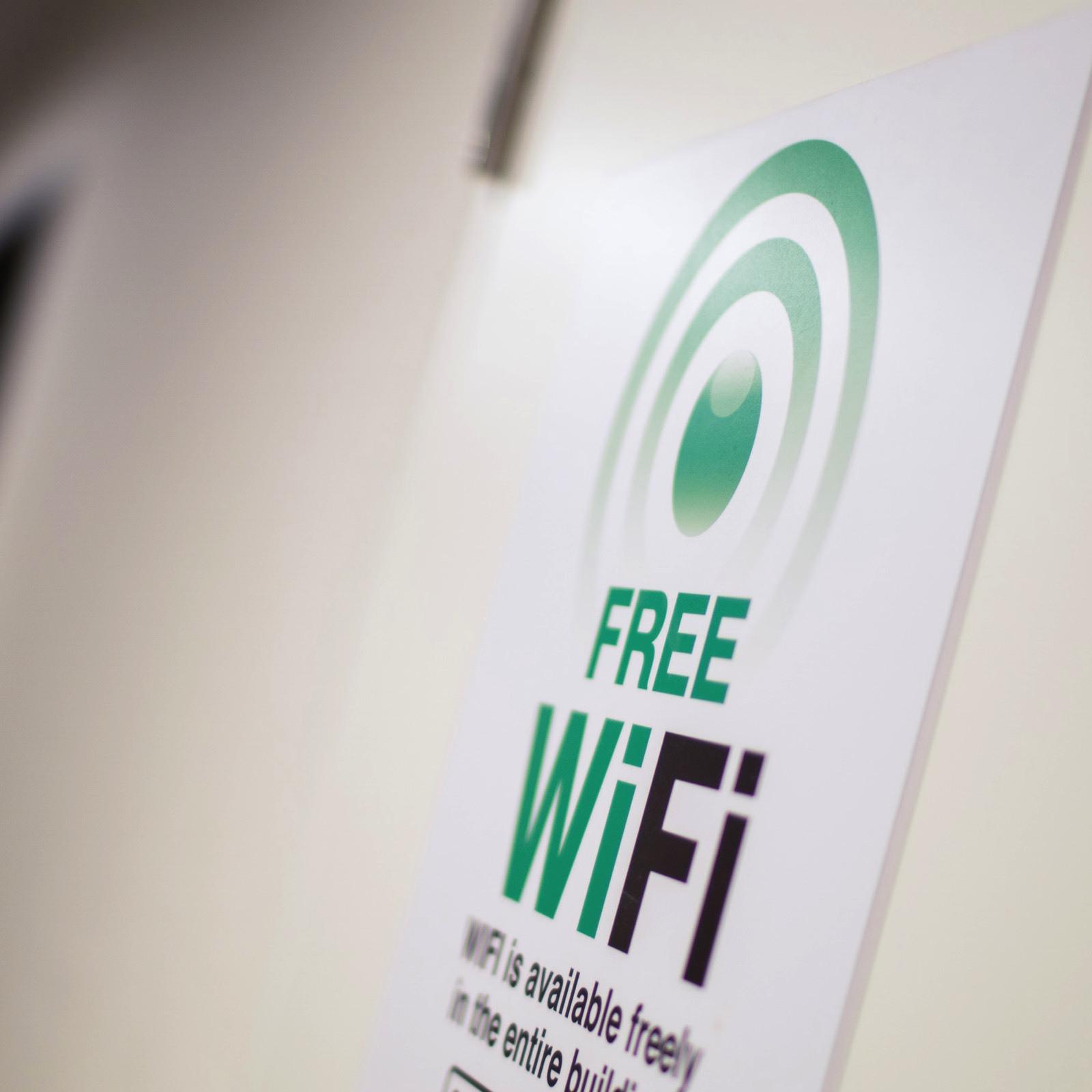 【Smart】仕事にゲームに動画視聴に!ラクラクつながる無料WiFi