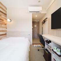 ダブルルーム【Aタイプ】眠りを追求した150㎝幅のワイドベッドと適度な硬さのマットでぐっすり
