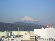 【客室の窓から見た△富士山△】