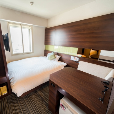 【スタンダードルーム】150cm幅ダブルベッドでぐっすり♪朝食無料★