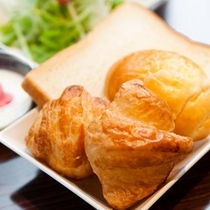 ★朝食盛り付け(洋食)①★パン派の方の例です