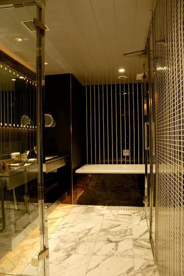 バスルームE3