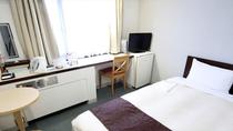 シングルルーム(スタンダード) 広さ14~16㎡、ベッド幅100~110cm