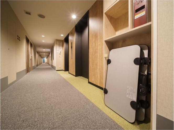 リニューアルオープン♪廊下も癒しの空間に生まれ変わりました!